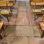 Tumbas en el suelo de Nuestra Señora de la Peña., Sepúlveda.