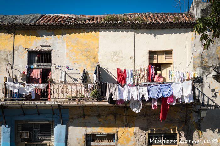 la vida en las calles de cuba